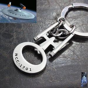 Star Trek Full Metal NCC 1701  Key chain